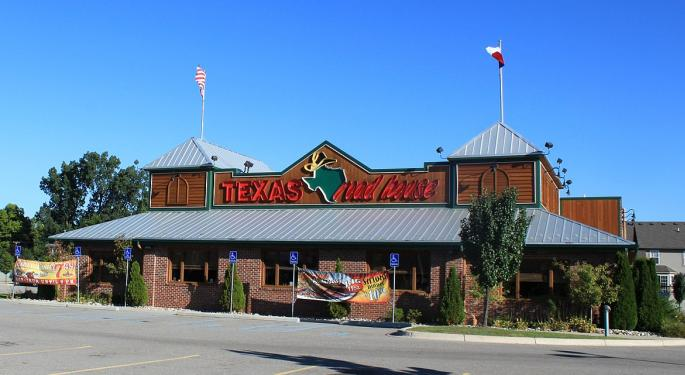 Longbow Turns Hungry For Texas Roadhouse's Stock