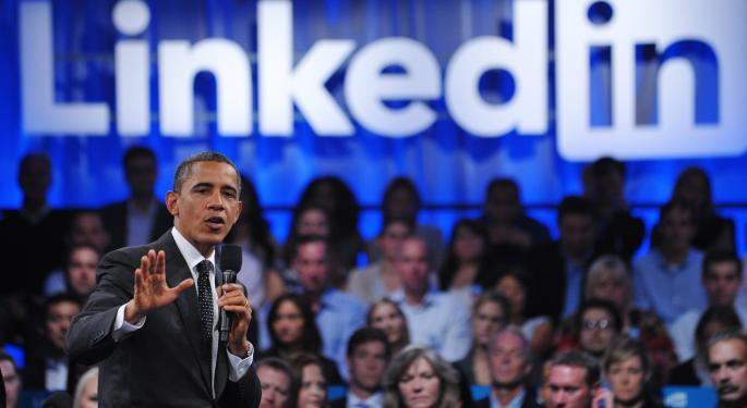 Targeted Networking on LinkedIn and Twitter for Job Seekers