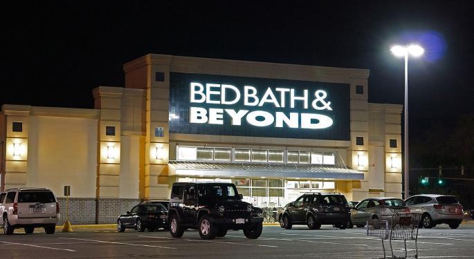 Barclays Turns Bearish On Bed Bath & Beyond Amid Turnaround Efforts