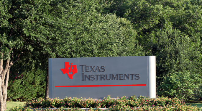 Texas Instruments Analysts Cautious On Valuation Concerns, Limited Visibility Into Semiconductor Recovery