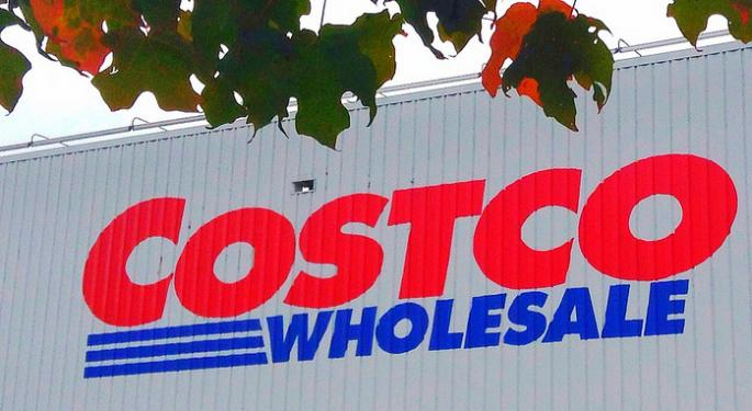 An Interesting Retail Pair Trade: Costco Outperform, Wal-Mart Underperform
