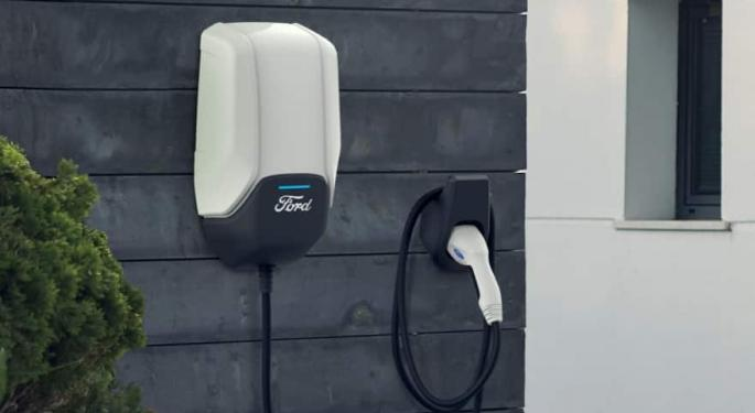 Ford Launches North American Electric Vehicle Charging Network