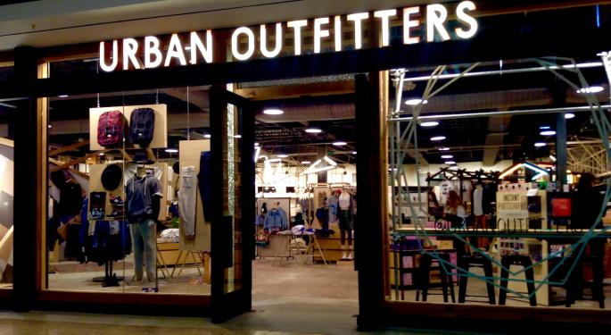 Urban Outfitters Falls After Q3 Sales Miss