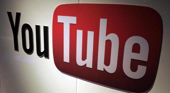 Credit Suisse Raises Alphabet's Price Target To $900, Likes YouTube Revenue Addition