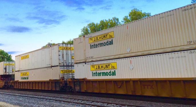 UBS Downgrades J.B. Hunt, Projects Cyclical Downturn In Transportation Market
