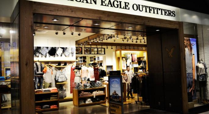 Barron's Picks And Pans: American Eagle Outfitters, Chevron, Grocery Outlet And More