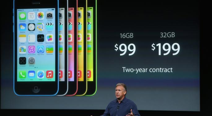 Did iPhone 5C Pre-Orders Flop At Apple.com? AAPL