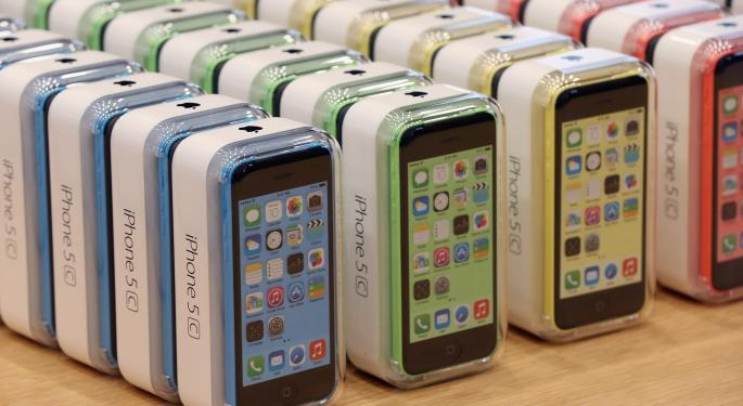 iPhone 5C Might Be 50% Less Popular Than Apple Anticipated