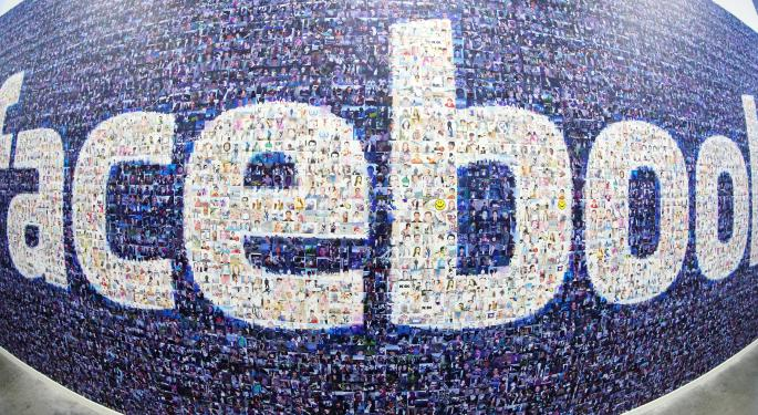 'Facebook At Work' Poses Little Threat To Microsoft, LinkedIn
