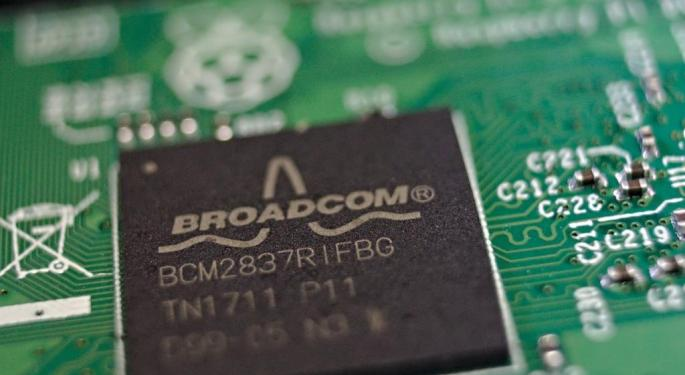 Analysts Discuss Broadcom's New Supply Agreement With Apple