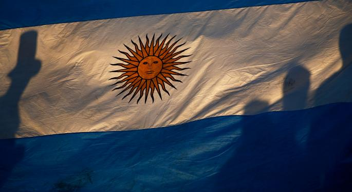 Argentina ETF Drops On Sovereign Default