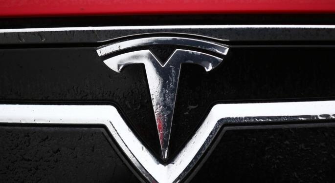 Tesla Permabull Adam Jonas Cuts Target To $450, Sees 'Gap' Between Targets And Reality