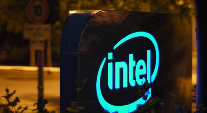 Gadfly's Ovide: Intel Is Spending Money 'Like It's 1999'