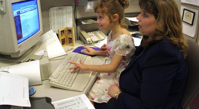 5 Family-Friendly Employers For Working Parents