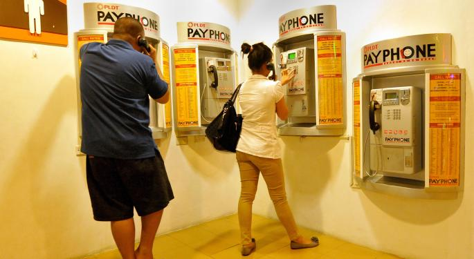 Is the Phone Company the Best Way to Profit from Growth in the Philippines?
