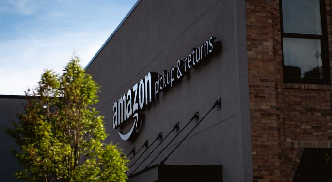 Amazon Warehouse Workers Plan Monday Walkout To Protest Lack Of Coronavirus Protection