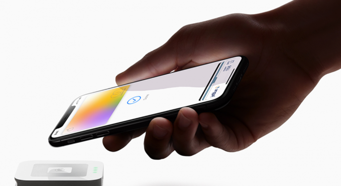 Analyst: Apple's New Credit Card Bodes Well For Green Dot