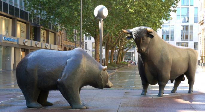 Benzinga's Bulls And Bears For The Past Week: Semiconductors And Warren Buffett