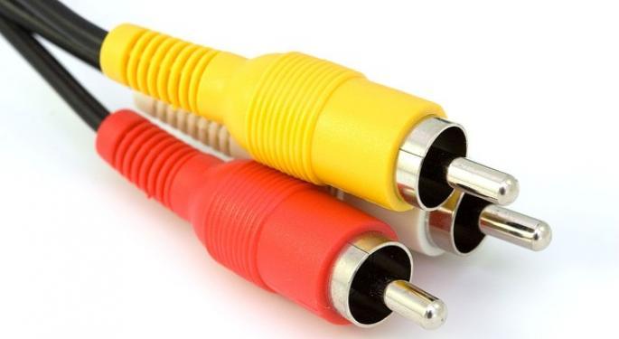 Raymond James Raises Comcast Price Target To Reflect Sky Synergies, Broadband Sub Growth