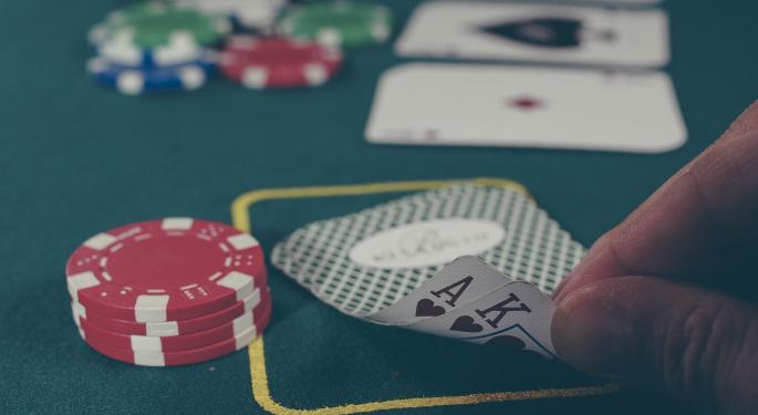 Casino Stocks Outperform In 2016 As Vegas Gaming Sales Flat