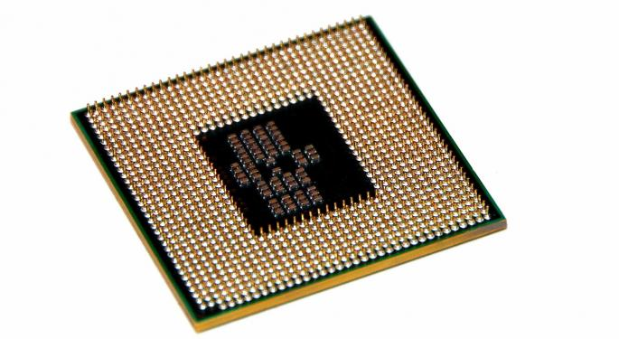 2 Pros Debate: Is Intel A Compelling Buy Or Value Trap?