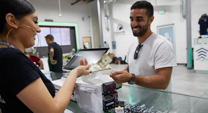 How To Get More Customers To Your Dispensary: Tips And Strategies