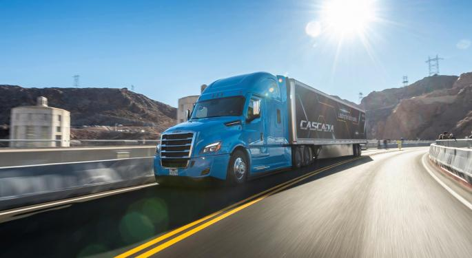 Struggling Used Truck Market Dips For 10th Consecutive Month