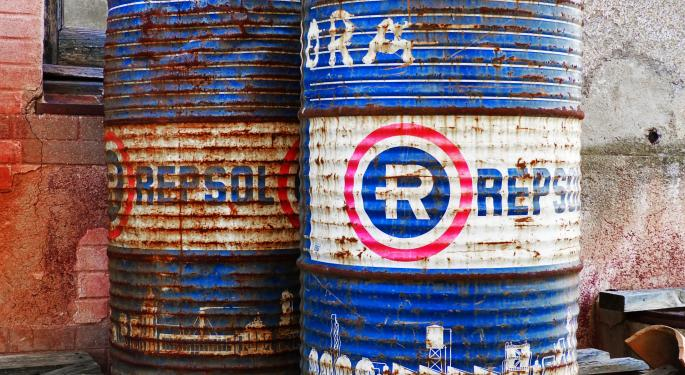 US Promises To Sanction Purchasers Of Iranian Oil