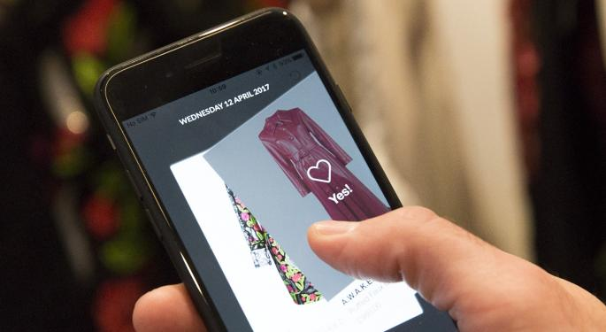 Analysts Bullish On Farfetch After September IPO