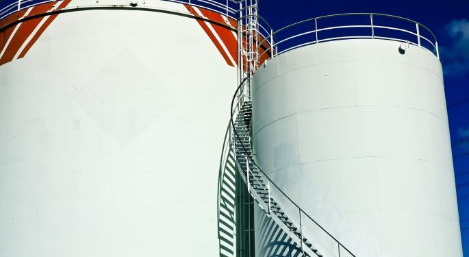 UBS Upgrades These Gas Stocks, Sees Upside Amid Selloff