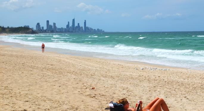 3 Finance Books To Read At The Beach This Summer