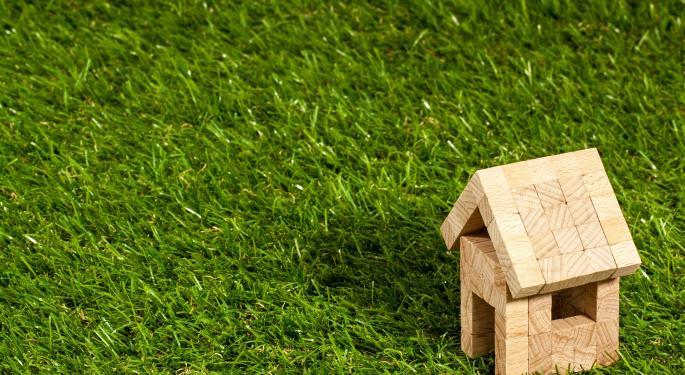 Wedbush Upgrades Lennar Amid Favorable Homebuilder Market