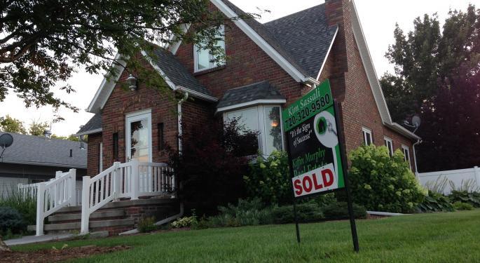Homebuilders Under Pressure After Housing Market Index Hits 8-Month Low