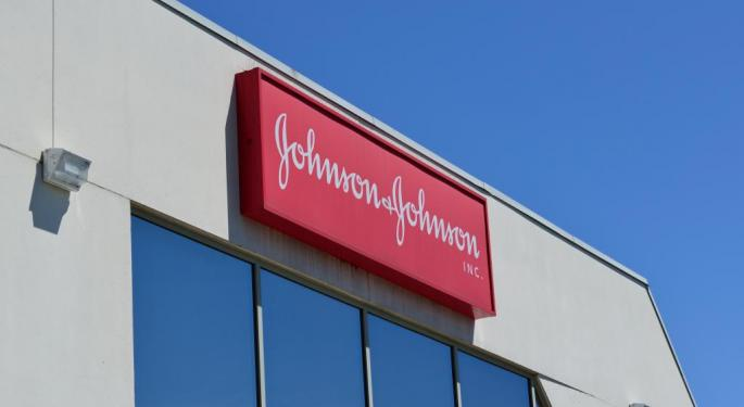 Analysts Stand By Johnson & Johnson Despite Earnings Pullback