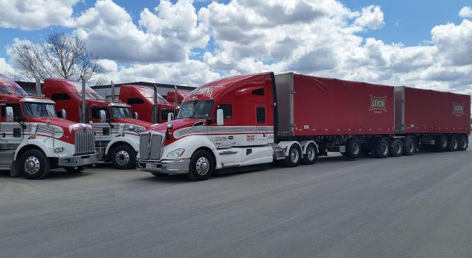 Macquarie Finds Plenty Of Reasons To Like Paccar