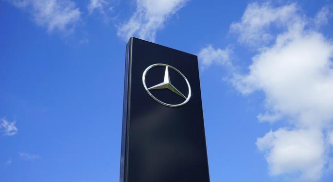 German Automaker Daimler AG Halts Deliveries Of Certain Truck Engine Models Over Emissions Concerns