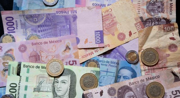 Commerce Secretary Ross Says The Mexican Peso Will Recover 'Quite A Lot'