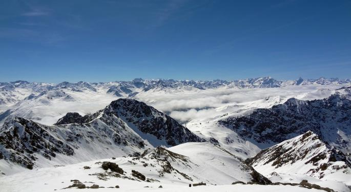 Cannabis Conclave Returning To Davos: Meet Benzinga At The Event
