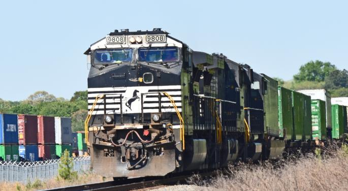 CSX Sues Norfolk Southern; Says Access To A Small Key Hampton Roads Railroad is Being Blocked