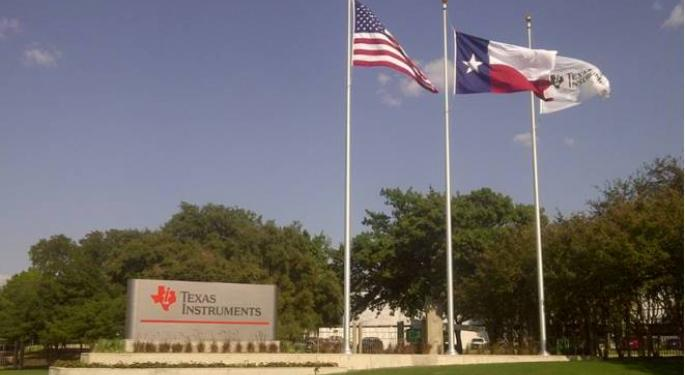 4 Reasons To Buy Texas Instruments Shares Right Now