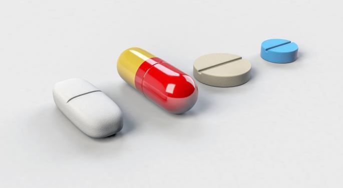 Mylan Q3 Non-GAAP EPS Beats Street Estimate; Drugmaker Narrows Guidance Range