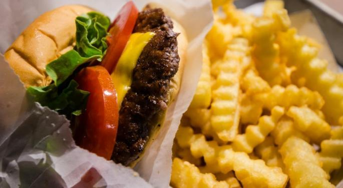 Shake Shack CEO Says Outlet Mall Success Eye-Opening