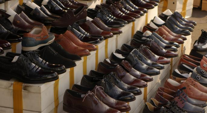 Not All Footwear Stores Are Struggling: DSW Steps Into A Buy Rating After Q2 Beat