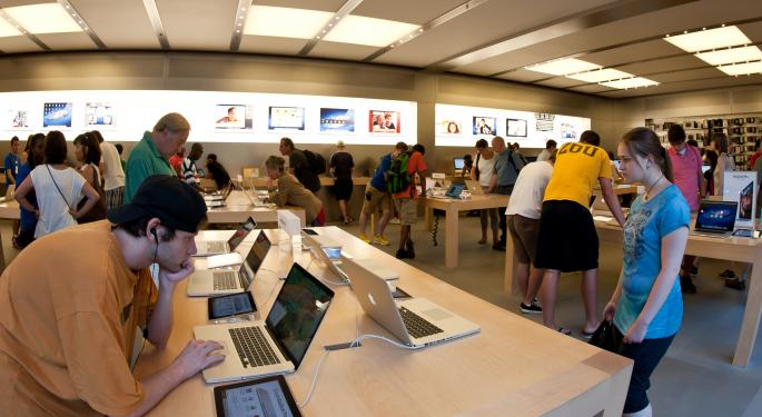 SLIDESHOW: Apple Store vs. Microsoft Store