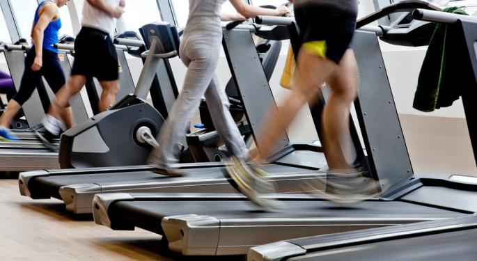 LifeTime Fitness Tumbles as Americans Avoid the Gym