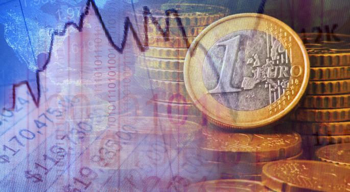 Euro Strong Above $1.36 On Improving Economic Data
