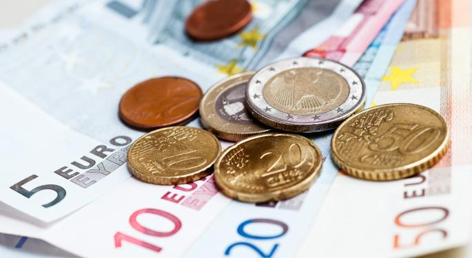 Euro Down More Than 1% On Inflation And Unemployment