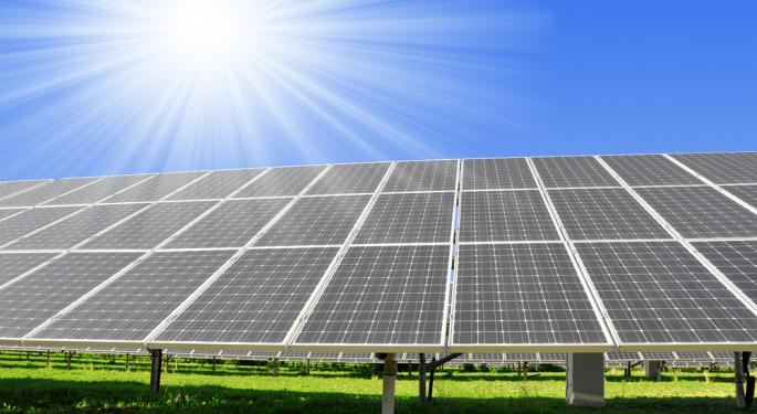 Solar ETFs Jump on JinkoSolar News, Ignoring First Solar Decline