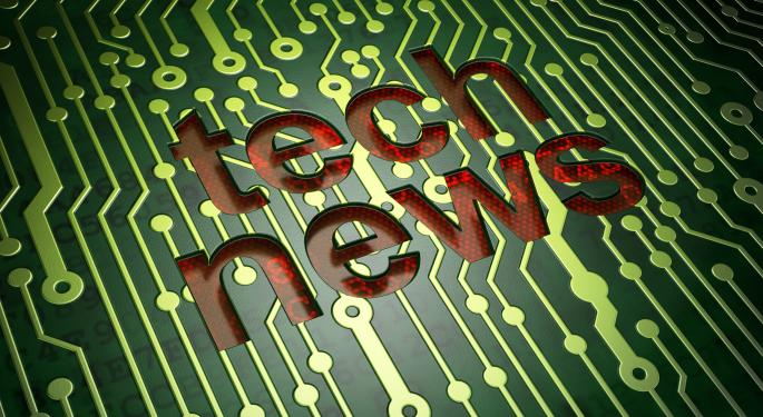 SLIDESHOW: Lenovo Rumored To Buy BlackBerry, Apple Files Revolutionary Patent And More From The Last Week Of August