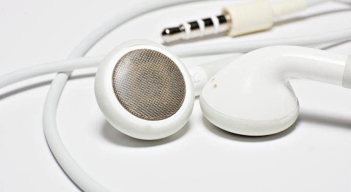 Apple's iRadio Could Sink Pandora - But Not Spotify